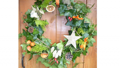 Making Christmas.Christmas Wreath Making Sunday Pm Surrey Wildlife Trust